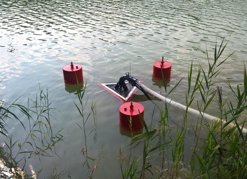 Нефтесборочная установка порогового типа для сбора нефти и нефтепродуктов с водной поверхности